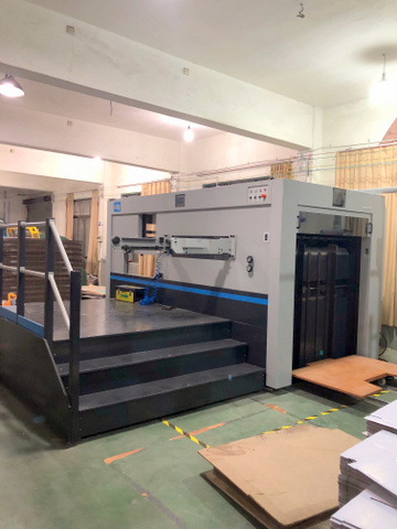 factory-machinery-UNI-POP-paper-cardboard-displays-002